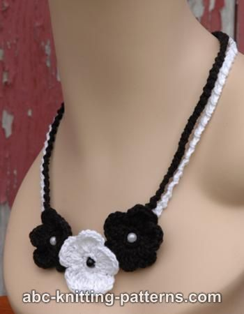 Black and White Crochet Flower Necklace