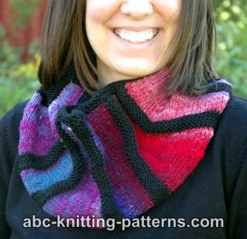 The Cubist Short Row Cowl