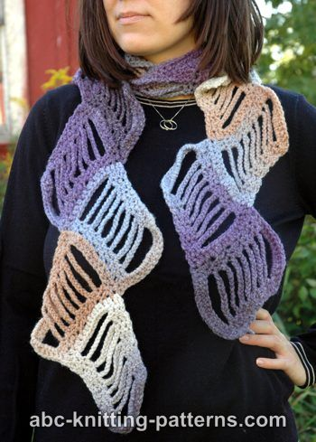 Free Knitting Pattern 20339 Color Block Scarf : Lion Brand